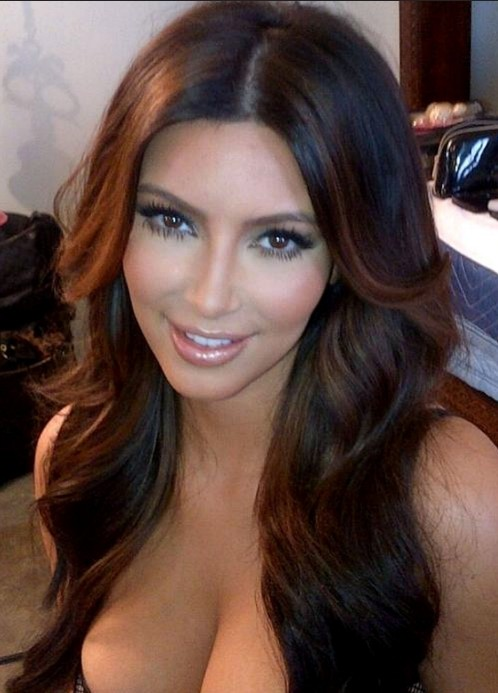 Kim Kardashian Sexy Long Hairstyle With Layers