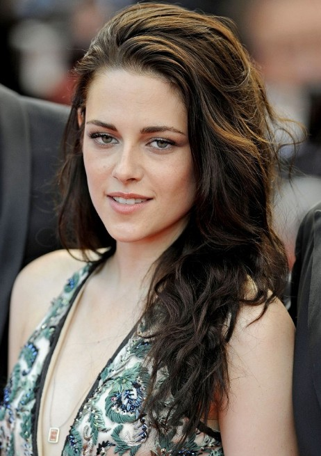 Kristen Stewart Messy Long Wavy Hairstyle
