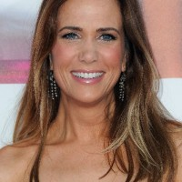 Kristen Wiig Long Sleek Hairstyle