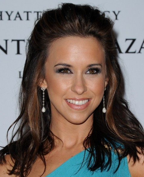 Lacey Chabert Casual Half Up Half Down Hairstyle