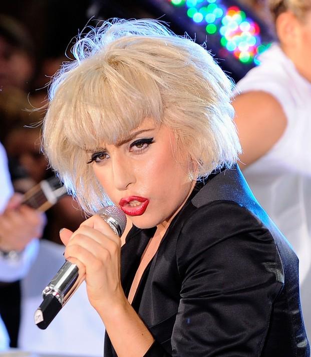 Lady Gaga short platinum bob hairstyle