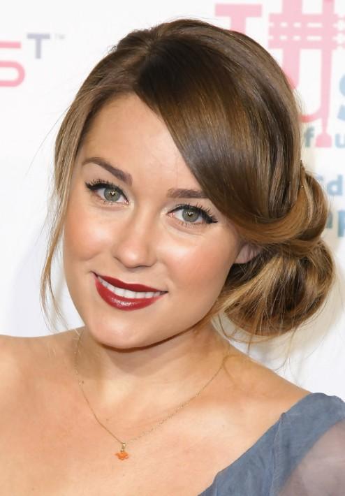 Super Loose Bun Hairstyles Weekly Hairstyles For Women Draintrainus