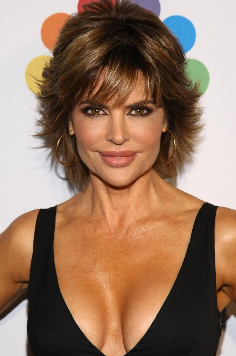 Outstanding Short Layered Haircut For Thick Hair Lisa Rinna Hairstyles Hairstyles For Men Maxibearus