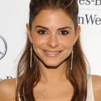 Maria Menounos Half Up Half Down Hairstyle for Long Straight Hair