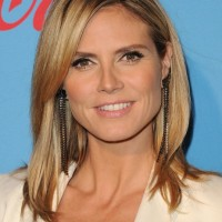 Heidi Klum Medium Straight Hairstyle with Layers
