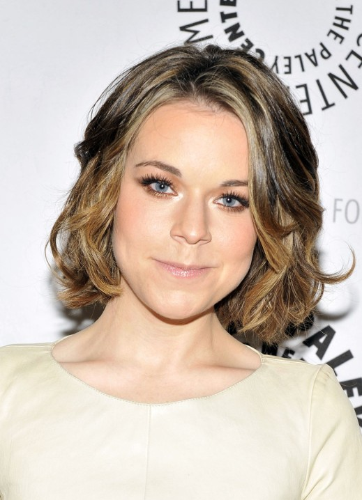 Medium wavy curly bob hairstyle from Tina Majorino