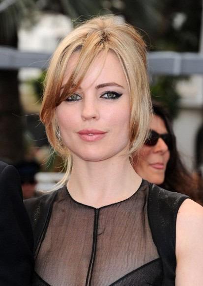 Melissa George Loose French Twist 2013 - 2014