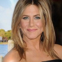 Jennifer Aniston Middle Part Hairstyles 2013