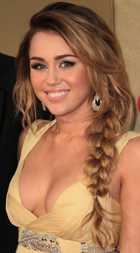 Excellent Miley Cyrus Long Hair Braid 448 x 808 · 86 kB · jpeg