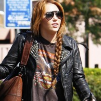 Miley Cyrus Casual Side Braid for Long Hair