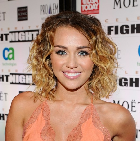 Remarkable Miley Cyrus Short Hair 591 x 595 · 90 kB · jpeg