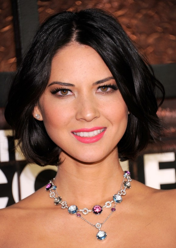 Olivia Munn short black hairstyle