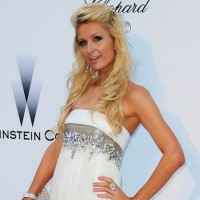 Paris Hilton Beautiful Half Up Half Down Wedding Hairstyles