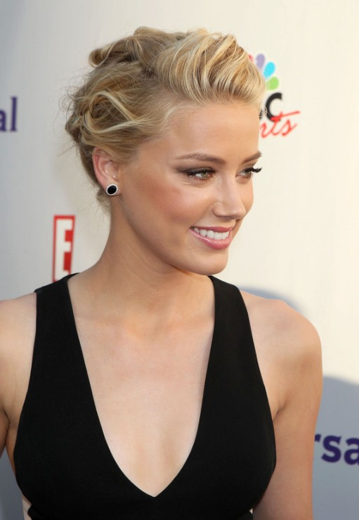 Perfect Casual Updo Hairstyle from Amber Heard - Hairstyles Weekly