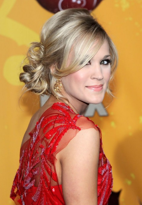 Admirable Perfect Romantic Loose Low Bun Updo From Carrie Underwood Hairstyle Inspiration Daily Dogsangcom