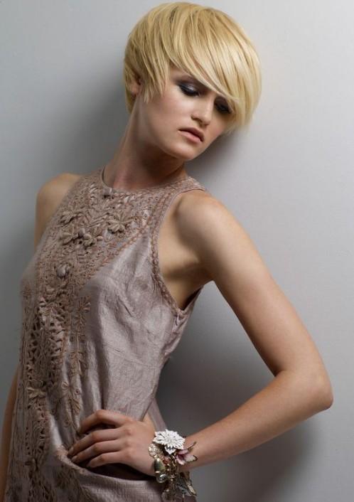 10 Short Feminine Hairstyles - Hairstyles Weekly