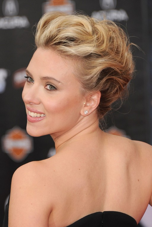 new sexy hair style bobby pinned updos hairstyles weekly 7706 | Scarlett Johansson Bobby Pinned Updo Hairstyle