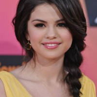 Selena Gomez Cute Black Braided Hairstyle for Fall