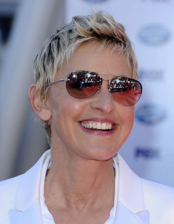 Short Hairstyles For Women Over 50 Cool Hairstyles