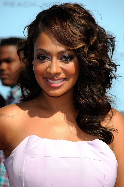 18 Beautiful Long Wavy Hairstyles with Bangs - Hairstyles ...