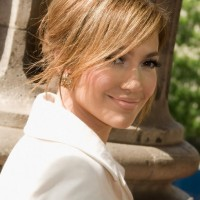 Sophisticated Soft Hairstyle for Business Women