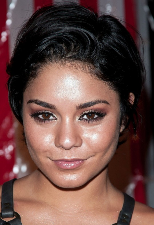 Vanessa Hudgens black hairstyle