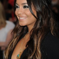 Vanessa Hudgens sexy long ombre hair 200x200 رنگ موی سال 2013