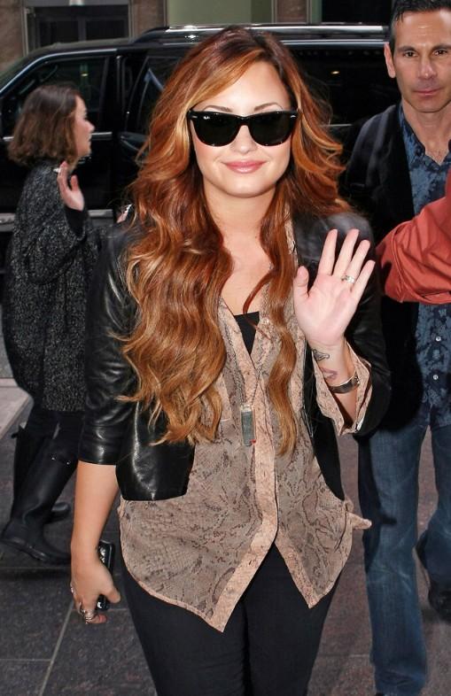 Demi-Lovato-Ombre-Hair