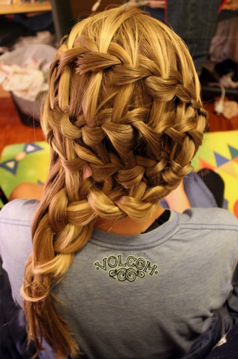 Dutch Waterfall Braid Hairstyles