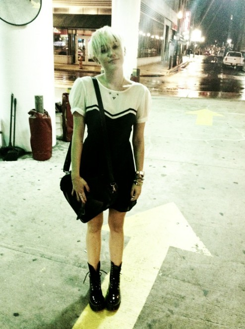 Miley Cyrus New Hairstyle 2012: the Short Pixie Haircut