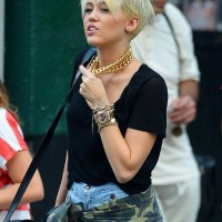 Miley Cyrus Short Blonde Pixie Haircut