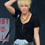 Miley Cyrus Short Haircut 2013