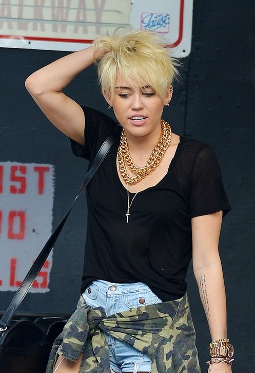 Astonishing Miley Cyrus New Short Pixie Haircut 2012 New Hd Pics In Hairstyles For Men Maxibearus