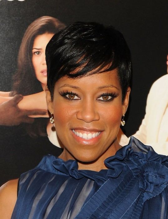 Regina King Short Black Straight Haircut