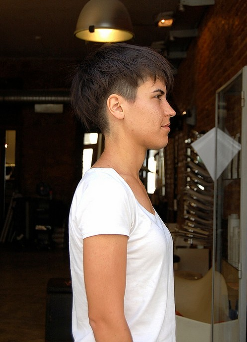 side view of trendy short haircuts for women hairstyles