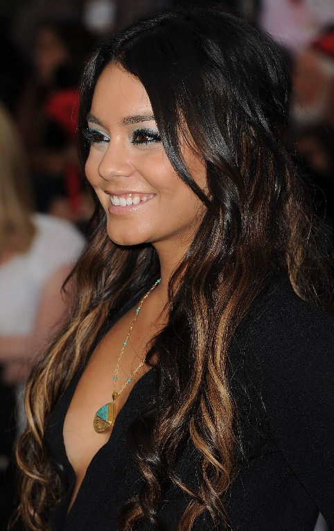 Vanessa-Hudgens-sexy-long-ombre-hair