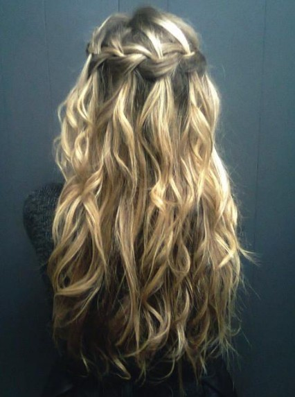 Waterfall Braid For Curly Hair Long Curly Hairstyle With Braid Hairstyles Weekly