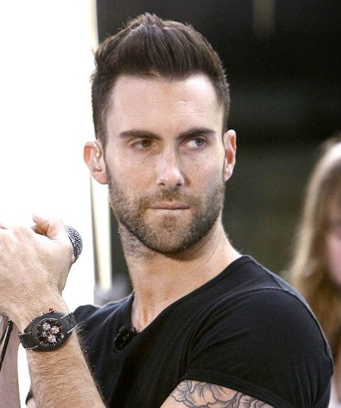 Adam Levine Haircuts: Casual Short Straight Hairstyle for Men