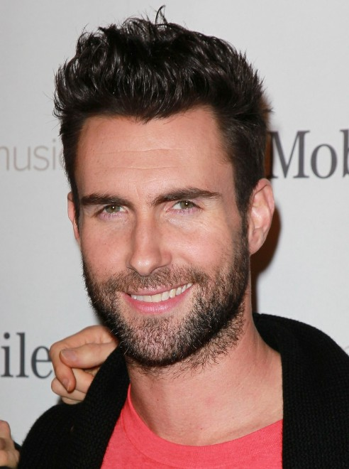 Short Haircuts for Men : Adam Levine Short Spiked Hairstyle