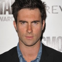 Adam Levine Spiky Hairstyles: Short Messy Haircut for Men