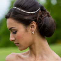 Latest Bridesmaid Hairstyles: Loose Updos for Bridesmaid