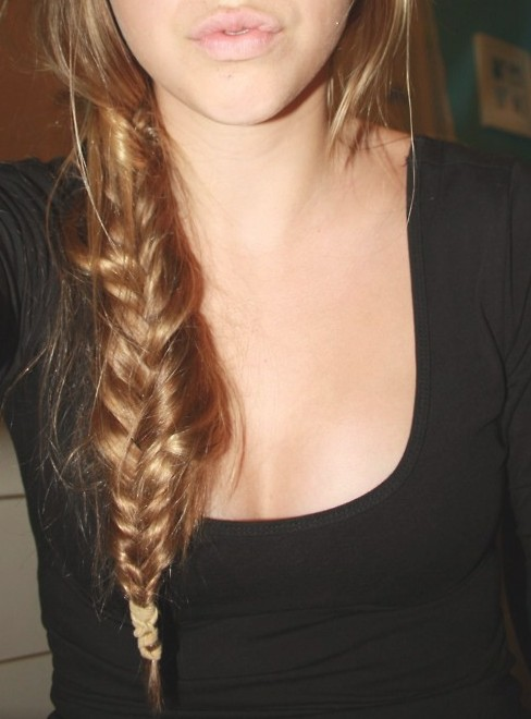 Wondrous Stylish Casual Messy Side Fishtail Braid For Girls Hairstyles Weekly Hairstyles For Women Draintrainus