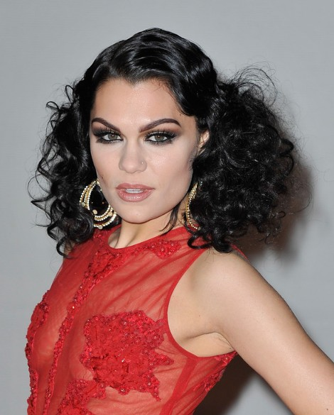 Retro Hairstyle 2013: Jessie J Latest Black Curly Hairstyle for Women