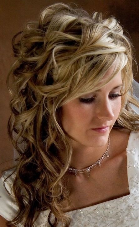 2013 Long Wavy Curly Hairstyle for Wedding
