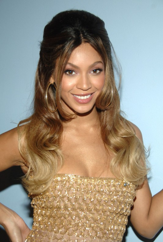 Half Up Half Down Ombre Hairstyle From Beyonce Knowles