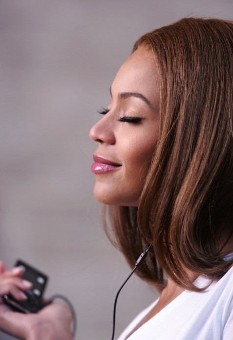 Beyonce Knowles Long Sleek Hair Style Hairstyles Weekly