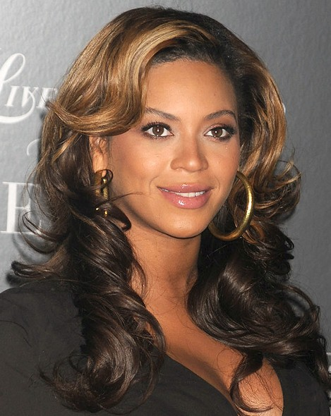 Superb Beyonce Knowles Layered Two Toned Wavy Hairstyle Hairstyles Weekly Short Hairstyles For Black Women Fulllsitofus