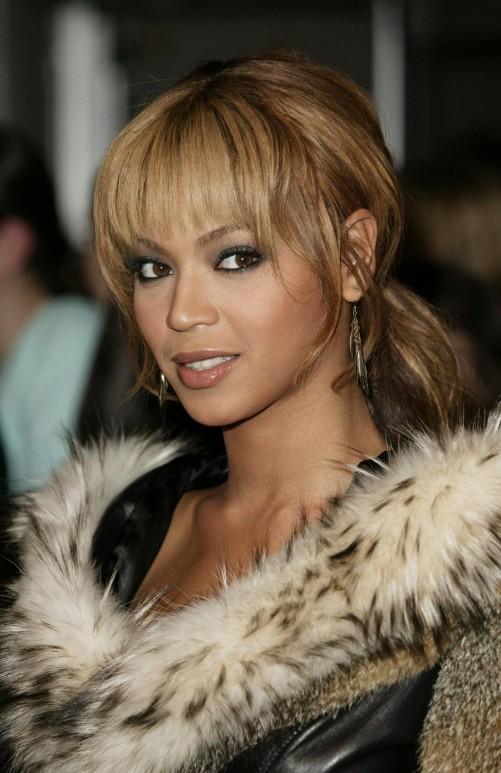 beyonce knowles loose ponytail with wispy bangs - hairstyles weekly