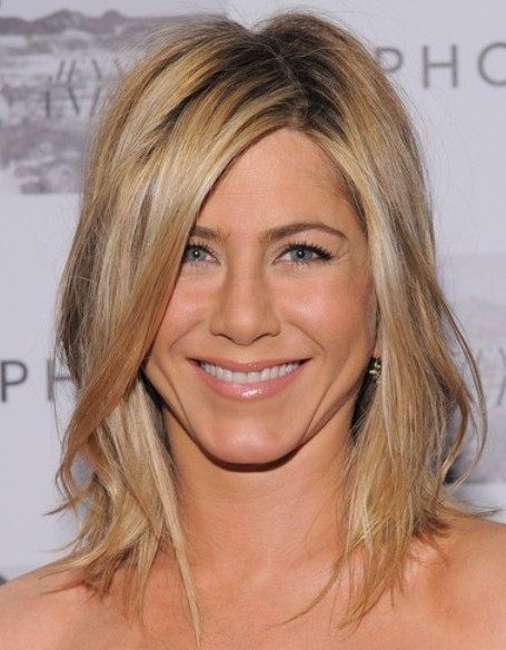 Celebrity Medium Layered Hairstyles