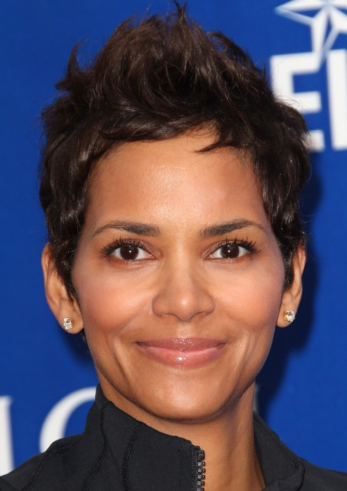 Halle Berry Short Hairstyles: Pixie Cut - Hairstyles Weekly